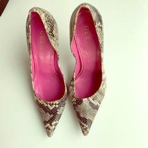 Guess snakeskin sexy high heel